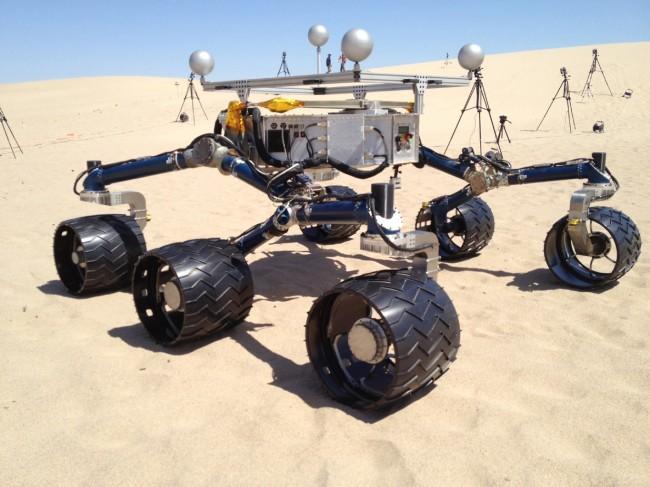 화성 탐사선 큐리오시티가 데스밸리에서 테스트 중이다.  - 미국항공우주국(NASA)  제공